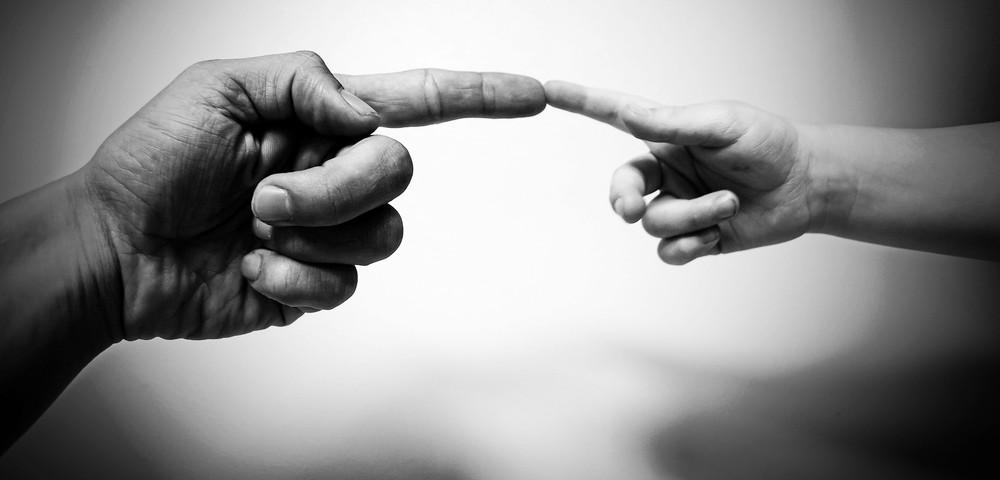 HUMANBRANDING_+CONTACTO+CON+TACTO